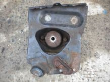 peugeot 205 1.9 1900 gti gear box bracket and mount